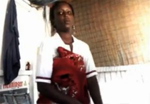 【動画】黒人女性によるマッサージ、唐突にはじまるフェラチオ