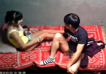 【裏風俗盗撮動画】ただ挿入して射精するだけ、雰囲気どころかシャワーさえ無い中国の本番裏風俗の様子