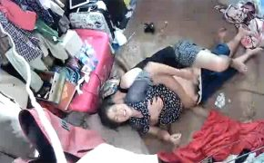 【中国素人カップル盗撮動画】じゃれあいからはじまるセックス、愛があるって良いですね