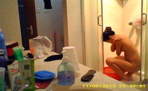 とある民家の浴室盗撮】お風呂に入る中国人女性の一部始終を隠し撮りした動画