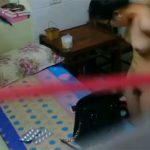 【民家盗撮動画】風呂上りにローションでボディケアするタイ人女性