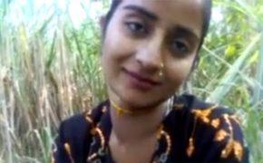 【個人撮影】草むらでセックスしてるインドのカップル