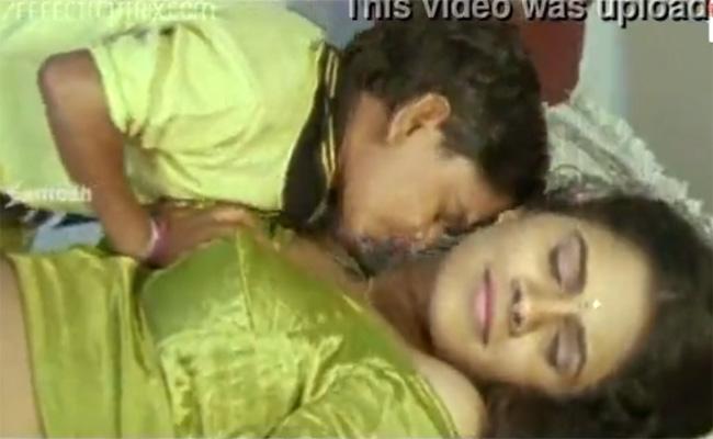 【インドのにしくん】ミゼットの男性が女性と性行為を行うメイクラブな動画