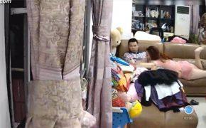 【Webcamハッキング動画】スマホをいじる彼氏とスマホをいじりながらフェラする彼女、そんな現代的な恋人達の家での様子をモニタリング