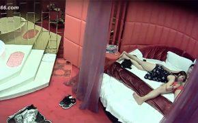 【素人カップル盗撮動画】これは中国のラブホテルのような場所なのだろうか?