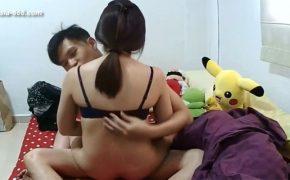 【中国民家盗撮動画】お腹の膨らんだ若い妊婦さんの風呂上りや、旦那とのセックス等を隠し撮り!