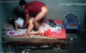 【中国裏風俗盗撮動画】やっぱり中国の人って赤い色が好きなのかな?