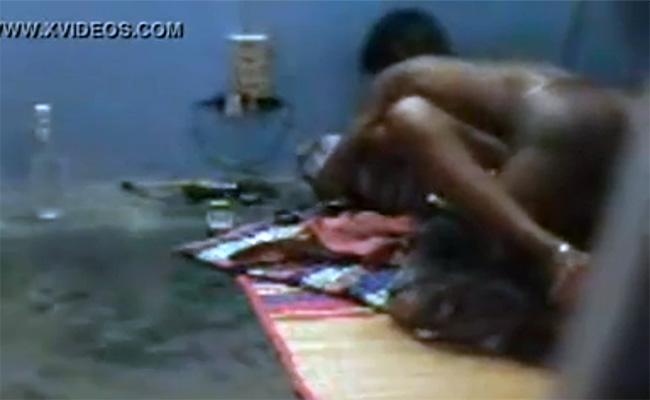 【裏風俗盗撮動画】インドの置屋でセックスしている嬢と男性客