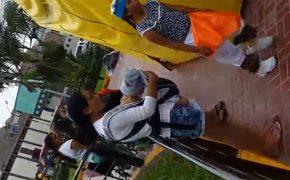 【街中盗撮動画】公園で授乳していた女性、隠し撮りされてしまう