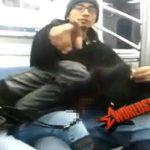 【悲報】「何撮ってんだメーン?」電車内で彼女にフェラさせてたラッパー、スマホ撮影されてしまう・・・・・