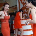 【街ブラ動画】ベトナムはサイゴンの風俗街で嬢と交渉してみた