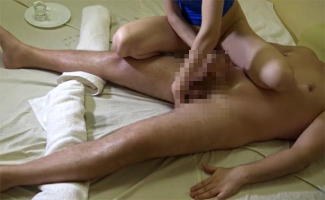 【マッサージエロ動画】尻穴に指をいれられつつの手コキで射精に導かれる様子を高画質でご覧下さい