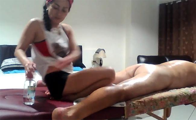 【出張マッサージ盗撮動画】しっかり尻の穴までほじりつつ射精に導いてくれるマッサージ嬢