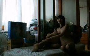 【個人撮影】生活感満載な部屋でセックスしているカップルの日常