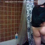 【民家トイレ盗撮動画】こういう地味で大人しそうな子の裸体は貴重