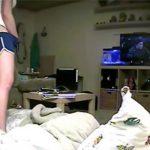 【民家動画動画】若い女の子の唐突に初まる自慰行為の様子