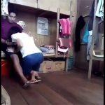 【カップル盗撮動画】恐らくは大学の学生寮的な場所で交わる男女