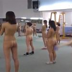 【ヌーディスト動画】全裸でエアロビクス汗を流す女性達