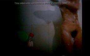 【シャワー盗撮動画】まっくろくろすけみたいな陰毛の女性