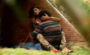 【インドカップル盗撮動画】野外でイチャついてるうちにはじまってしまった2人