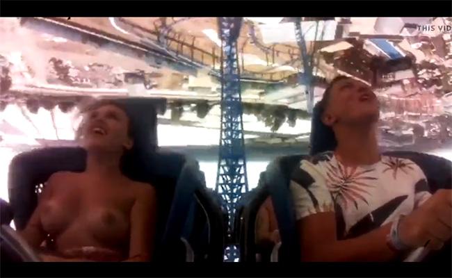【ハプニング動画】ジェットコースターの風圧でおっぱい丸出しになる女の子