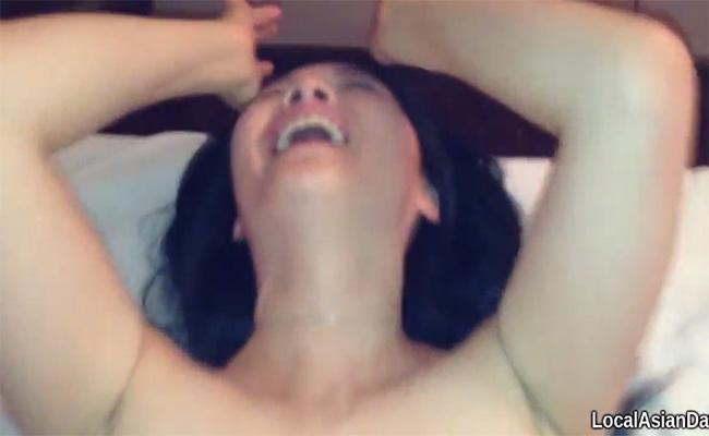 【チャイエス動画】アジアンマッサージ店の嬢と生本番する様子を撮影した映像