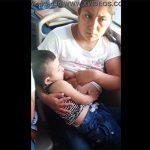 【バス内盗撮動画】バス内で授乳していた女性、見られているのに気付き眉間に皺を寄せる