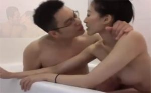 【流出動画】愛あるカップルの幸せなキスからはじまる性行為