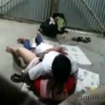 【カップル盗撮動画】プレハブの倉庫のような場所で交わる男女