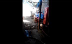 【野ション盗撮動画】真昼間の屋外で用を足す女性の様子