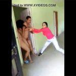 【修羅場動画】夫と不倫相手の密会現場に突入した妻、怒り狂う・・・・