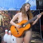 【ヌーディスト】全裸で楽器を演奏する女性達のオムニバス