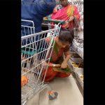 【インド人妻盗撮動画】日用品店で買い物をする人妻を隠し撮り