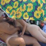 【マッサージ動画】ビーチで盛り上がってセックス初めちゃったカップルを隠し撮り
