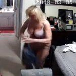 【民家盗撮動画】IPカメラのパスを切り忘れ全世界に裸体を公開する熟女