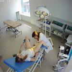 【産婦人科盗撮動画】検診を受ける女性患者と診察するぽっちゃり女医