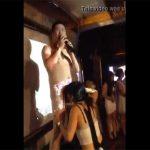 【個人撮影】フェラチオされながらのカラオケを楽しむ中国人旅行客