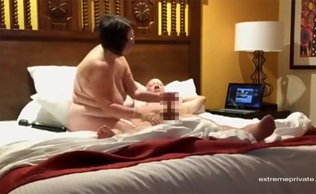 【ホテル盗撮動画】超熟年カップルの楽しそうなセックスの様子