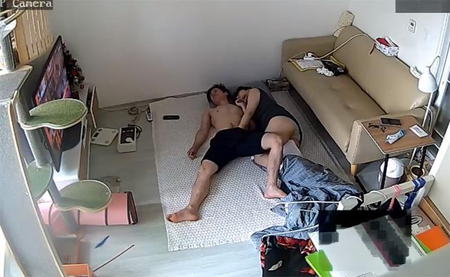 【韓国民家カップル盗撮動画】イチャついてセックスする若いカップル