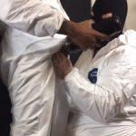 【アホ動画】コロナウィルス渦中の欧州で撮影された防護服に身を包んで性交渉を行う2男女の動画