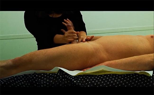 【マッサージ店盗撮動画】なるべく身体を触られたくないガードの固い女性