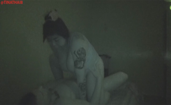 【マッサージ店盗撮動画】暗い店内でガッツリタトゥーが入ったぽっちゃり女子と本番