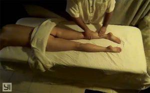 【マッサージ店盗撮動画】全裸でオイルマッサージを受ける女性客