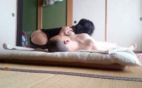 【隠し撮り】熟年カップルの自宅でのリアルな性行為の様子