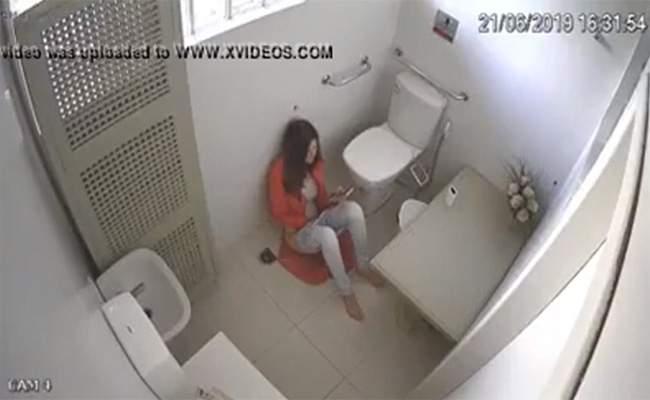 【海外刑務所盗撮動画】独房内で自慰行為に及んでしまう女性囚人