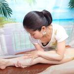 【オイルマッサージ動画】ビキニ姿のヌルヌル熟女モデルと胸チラしまくる女性セラピスト