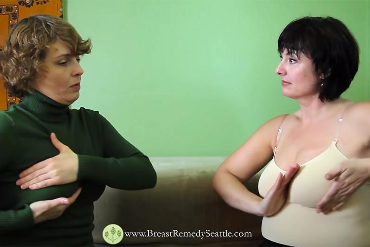【セルフマッサージ動画】ムッチリ巨乳熟女がおっぱいのセルフマッサージを教わる様子